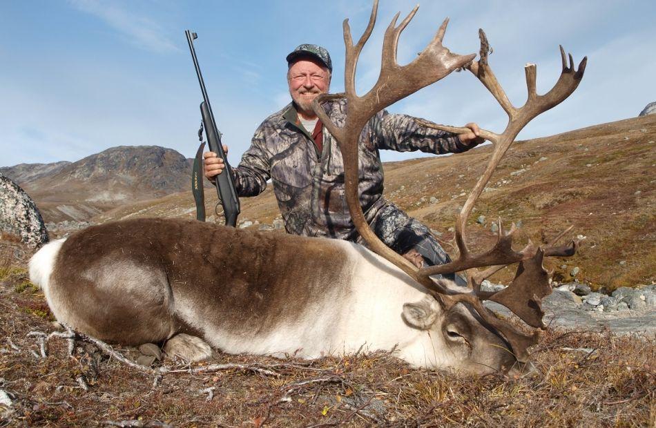 Caribou hunting - bowhuntinggreenland 2016